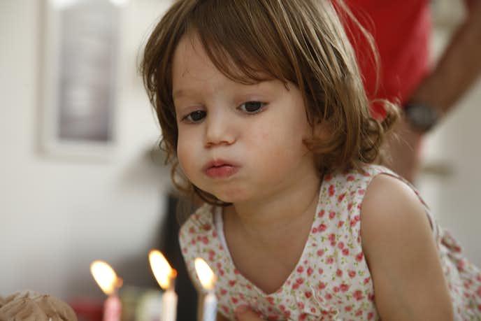 3歳の女の子へ贈る誕生日プレゼント特集。確実に喜ばれる人気 ...