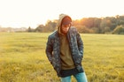 ミリタリージャケットの種類別メンズコーデ。トレンド感ある人気着こなし術 | Smartlog