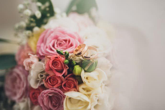 クリスマスは奥さんに花束を贈る.jpg