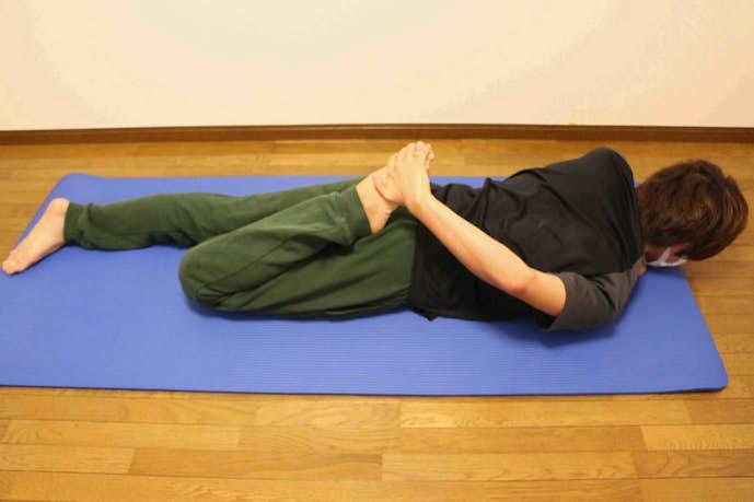 大腿四頭筋(前太もも)のストレッチ方法