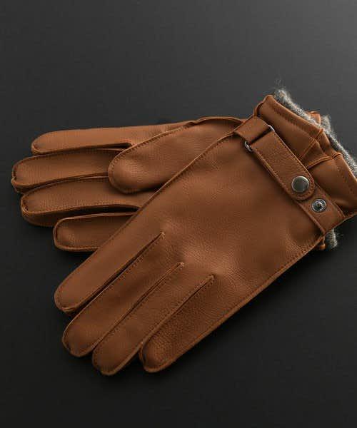 鹿革を使って作られた手袋