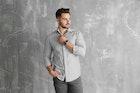 ストライプシャツのメンズ着こなし術。すっきりコーデに仕上げる着方とは   Smartlog