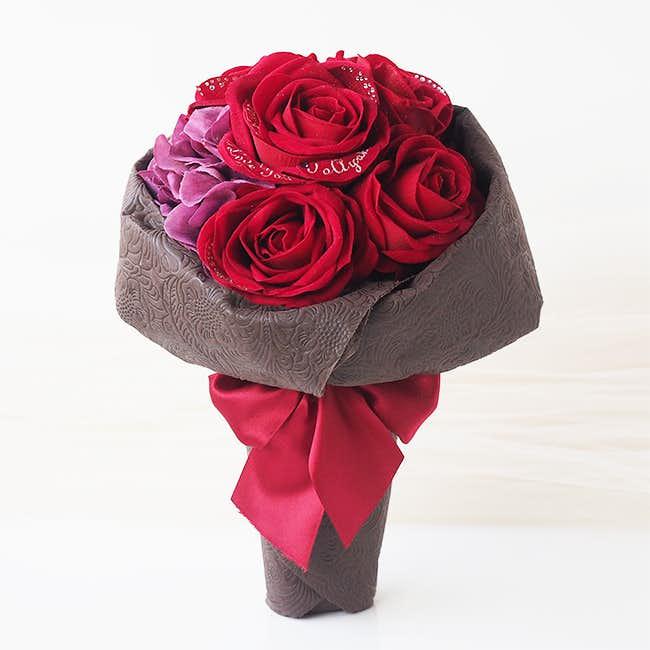 クリスマスに薔薇の造花をプレゼント