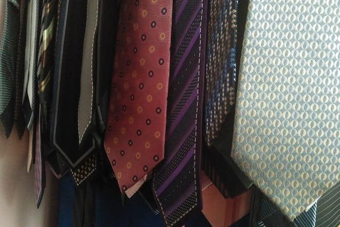 クリスマスプレゼントのネクタイの選び方