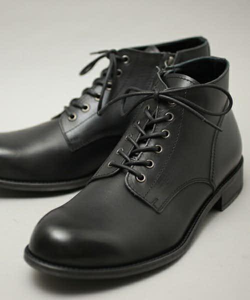 パドローネの黒ブーツ