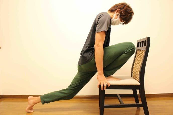 太ももと股関節のストレッチメニュー
