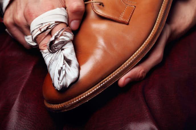 革靴を買ってすぐに行うべきお手入れ