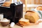 【最新】お店の味を完全再現。多機能ホームベーカリーおすすめ10台を厳選 | Smartlog