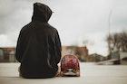 黒のパーカーはシックに着こなしたい。おすすめメンズコーデを徹底ガイド | Divorcecertificate