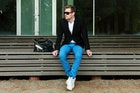 【おしゃれメンズの必需品】黒のテーラードジャケットの着こなしコーデ術 | Smartlog