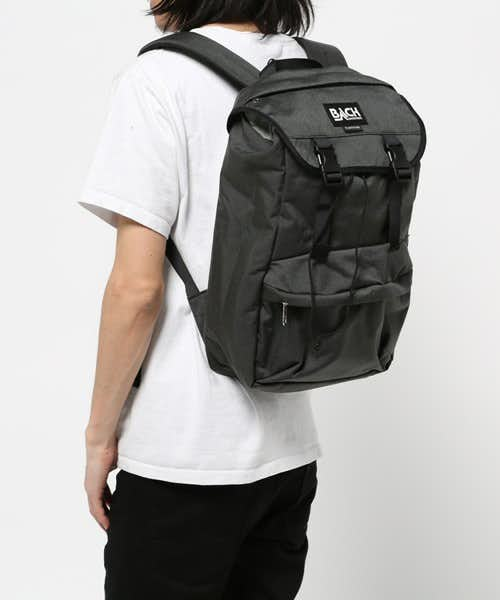 http://zozo.jp/shop/juglans/goods-sale/10866511/?did=25822909