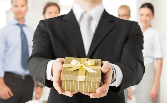 退職祝いプレゼントの予算