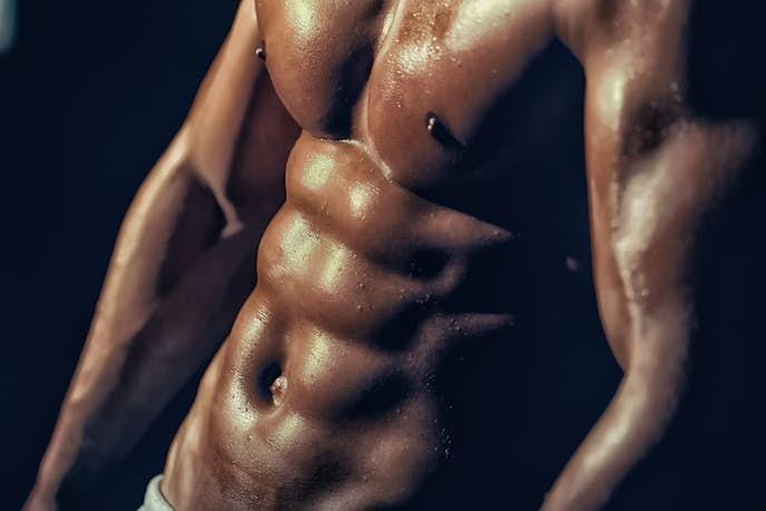 腹筋を効率良く鍛えられる筋トレ器具
