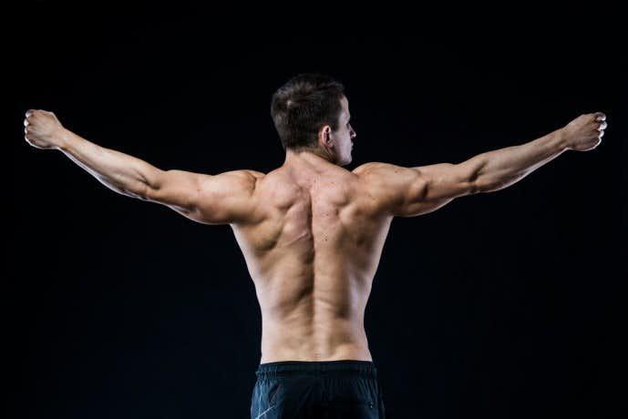 背筋を鍛えられるトレーニングメニューを解説