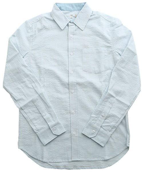 ホワイト×ブルーのシャツ