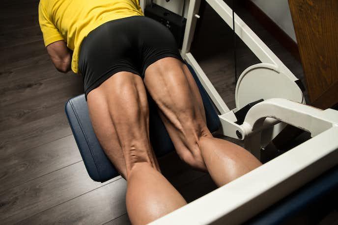 大腿二頭筋を鍛えられるレッグカールトレーニング