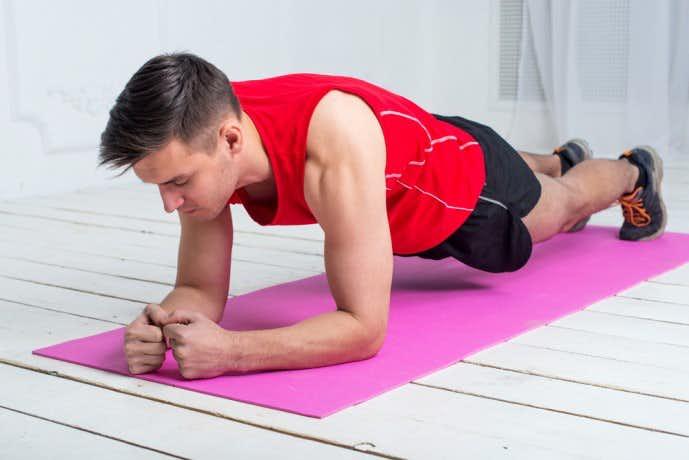 大腿直筋を鍛えられる効果的な鍛え方