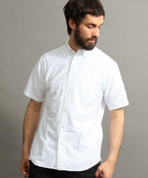おしゃれメンズに人気の白シャツ