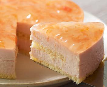 女性へのお菓子のプレゼントにルタオの季節限定ケーキ.jpg