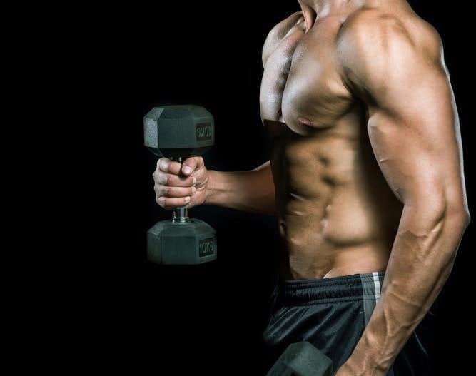 上腕二頭筋を鍛えられるトレーニングメニュー