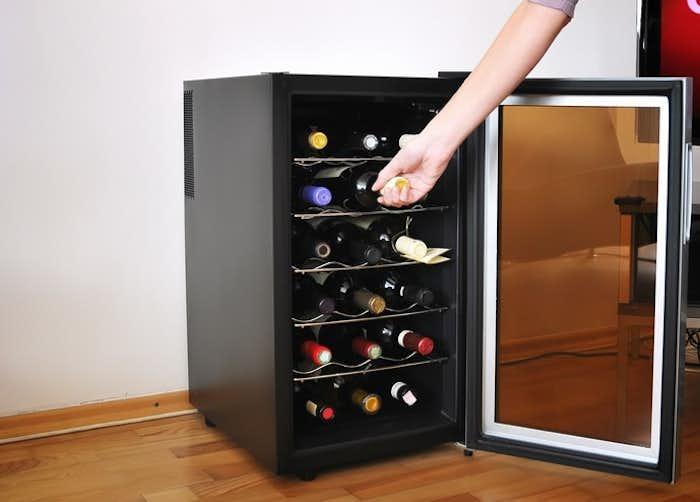 ワインセラーで上質な家飲みを。男部屋におすすめの家庭用ワイン冷蔵庫11台 Smartlog