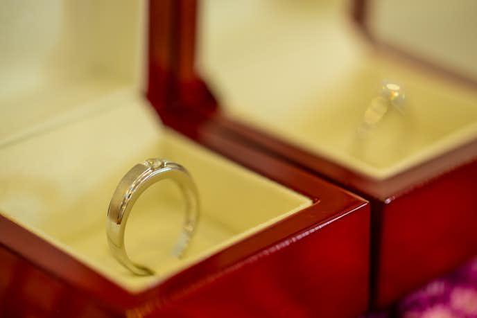 彼女のクリスマスプレゼントに予算2万円以内の指輪