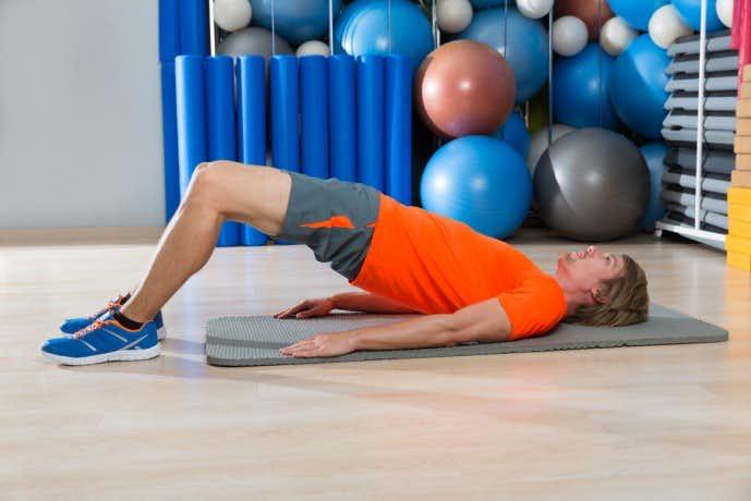 大腿二頭筋を鍛えられるヒップリフトトレーニング
