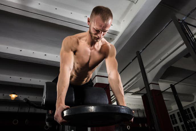 肩甲下筋を鍛えられるトレーニングメニュー