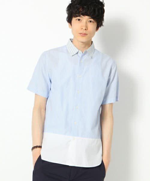 ライトブルーの半袖シャツ