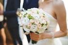 結婚祝いで花を贈る時のマナー&相場。本当に喜ばれる花言葉はどれ? | Smartlog