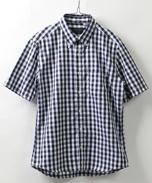 半袖のギンガムチェックシャツ