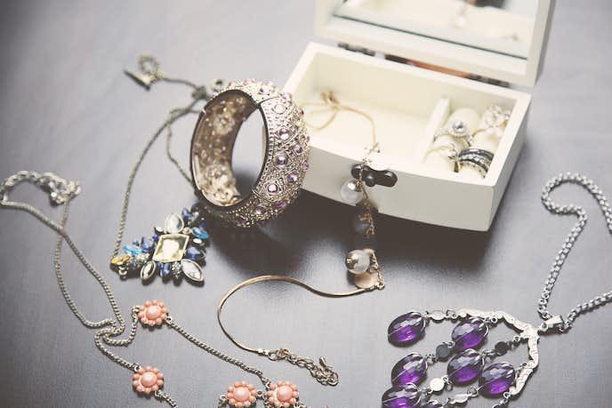 1万円で買える最高のネックレスを贈ってあげて