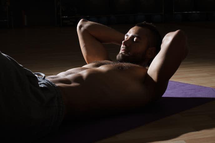 腹直筋を鍛えられるレッグレイズトレーニング