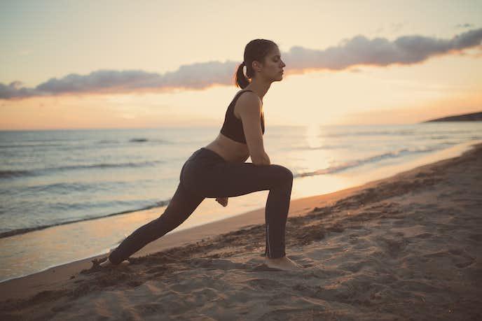腸骨筋を鍛えられるレッグランジトレーニング