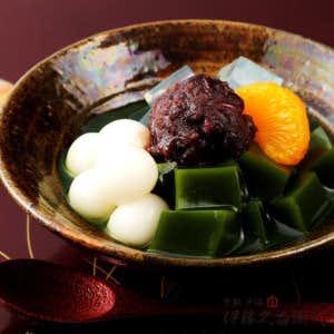 和菓子のおすすめプレゼントは抹茶あんみつ