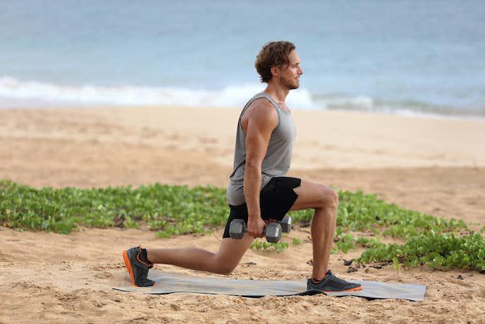 大腰筋とハムストリングを鍛えられるレッグランジトレーニング
