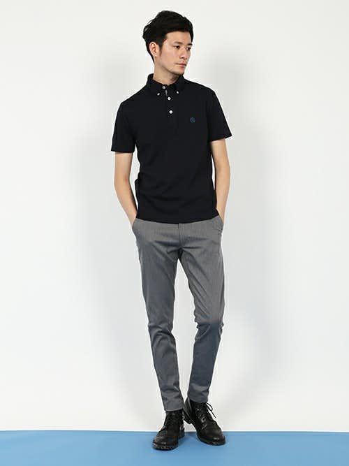 黒ポロシャツのクールビズコーデ