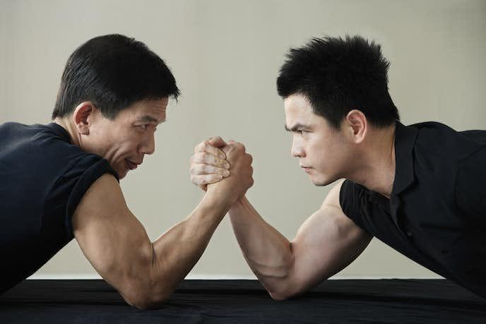 腕橈骨筋を鍛えられるアームレスリングトレーニング