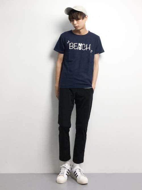 かわいいスヌーピーTシャツ