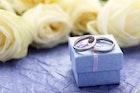 【大切な妻へ】結婚記念日のプレゼントランキング。喜ばれるアイディア特集 | Smartlog