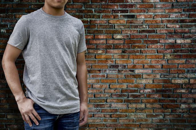 クルーネックTシャツのおすすめメンズコーディネート
