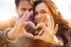愛する人とお揃いのペアグッズ。大切な記念日のプレゼント特集 | Smartlog