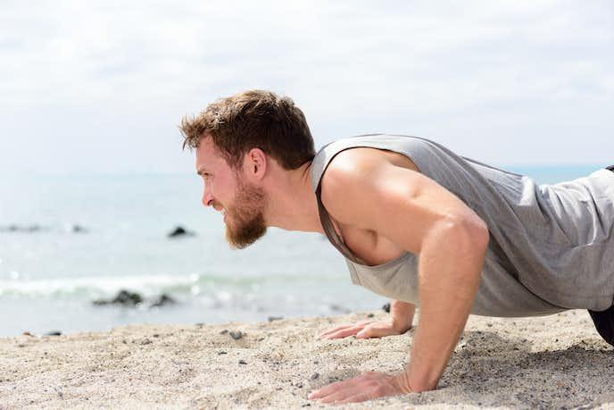 二の腕を痩せるためには筋トレが効果的