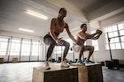 スクワットの驚くべき効果&やり方。9種類の筋肉強化メニューを伝授 | Smartlog