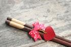 結婚祝いに夫婦箸のプレゼントはいかが?人気のおしゃれ箸&箸置きを厳選 | Divorcecertificate