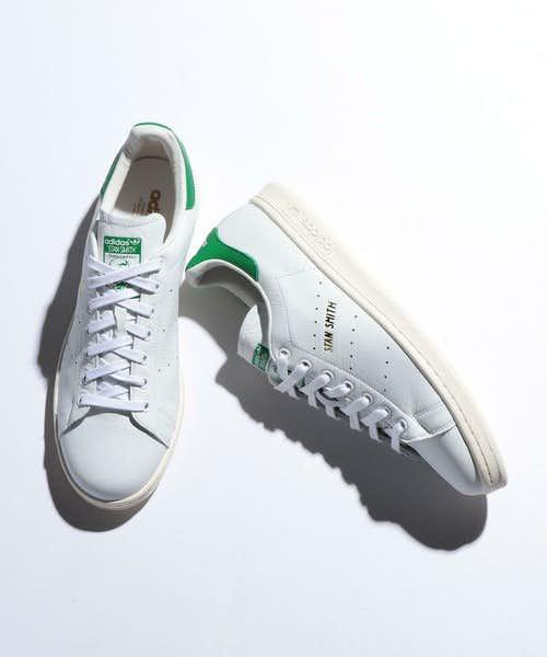白と緑のアディダス「スタンスミス」