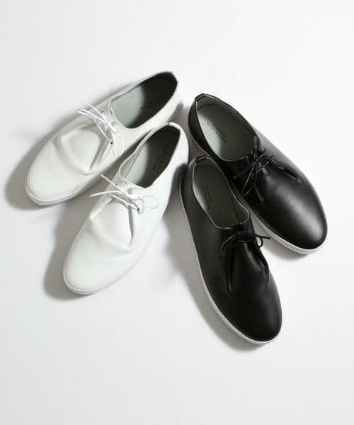 ホワイトカラーと2色で選べる