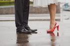 雨の日に履くべき紳士靴の条件とは。革靴が濡れた時のケア&お手入れ方法   Smartlog