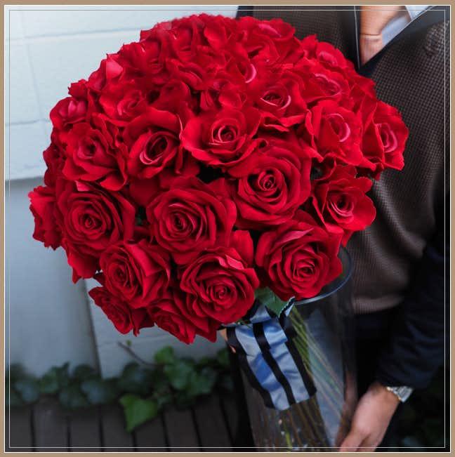 プロポーズのプレゼントにメリアルームの花束.jpg