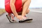 【足首のストレッチ方法】固いふくらはぎを柔らかくする柔軟体操6選 | Divorcecertificate